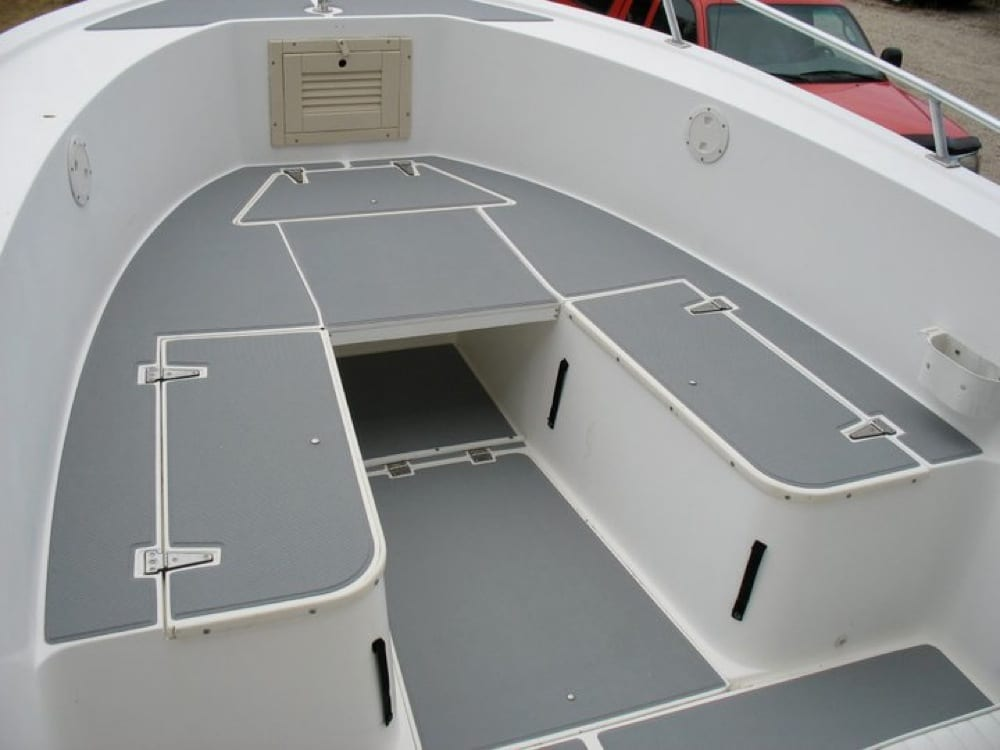 Forward seating area