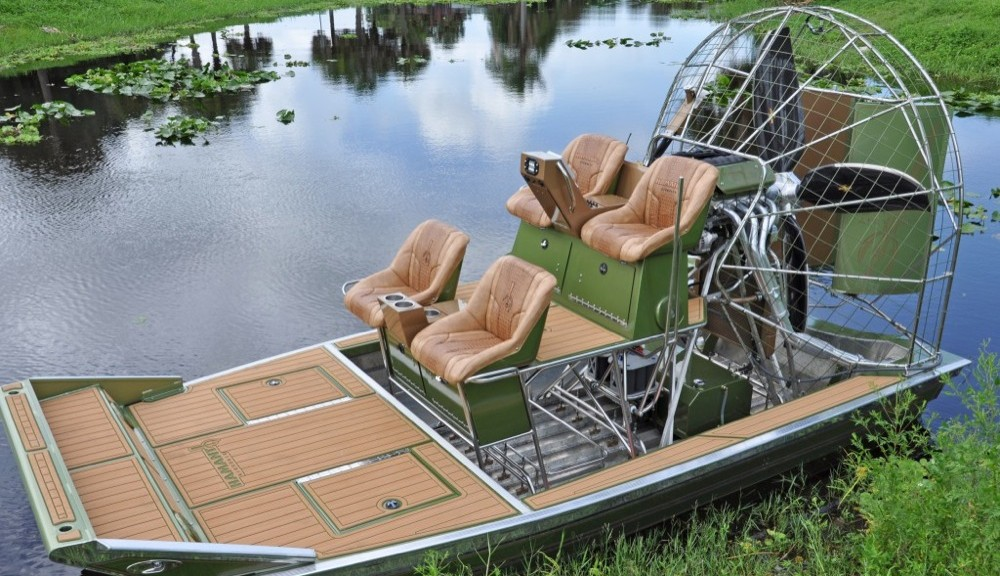 Airboats Castaway Customs