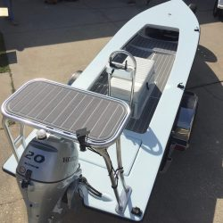 Castaway Customs Hells Bay Boatworks Glades Skiff Custom SeaDek Flats Boat Marine Flooring