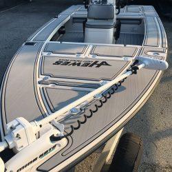 Castaway Customs Hewes Redfisher Custom SeaDek Flats Boat Marine Flooring
