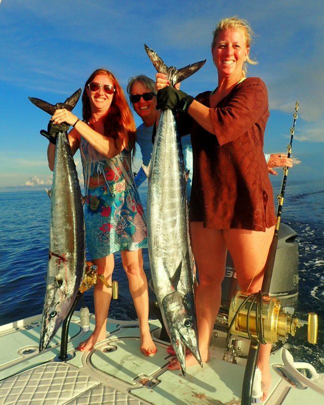 Castaway Customs Yellowfin Bay Boat Custom SeaDek Offshore Wahoo Fishing Bahamas